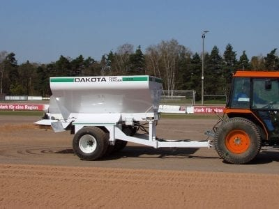 Dakota 414 turf tender