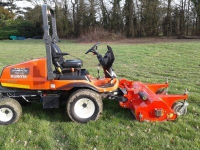 Kubota F3890 with Trimax FlailDek