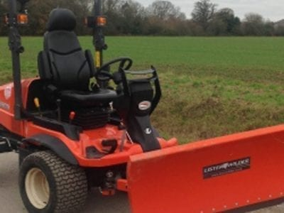 Kubota F3890 with Snow Blade