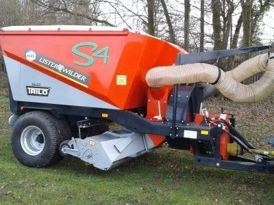 Trilo S4 vacuum sweeper
