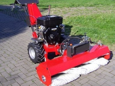 Kersten UBS 14 with Sweeping Brush