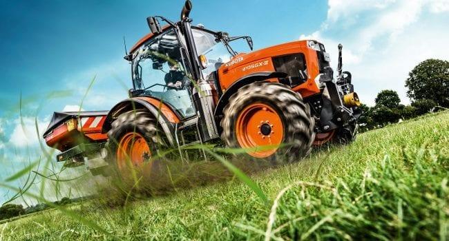 Kubota M125GX Tractor